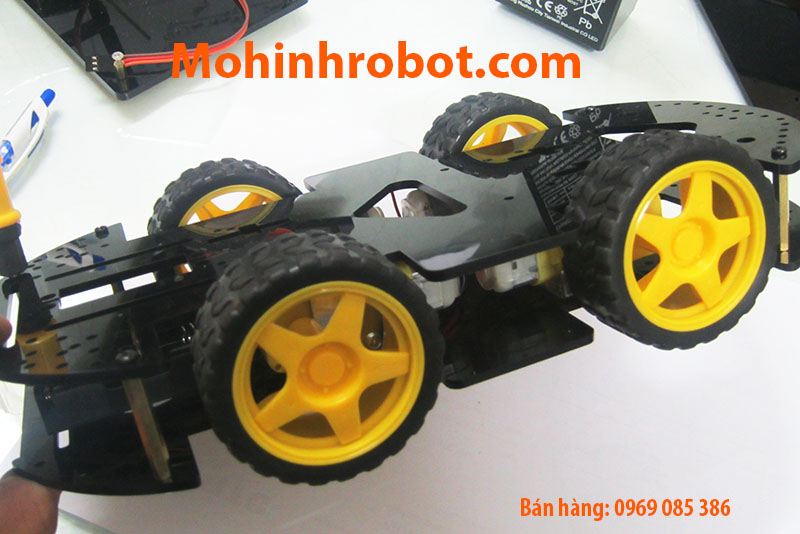 mua khung xe robot 4 banh
