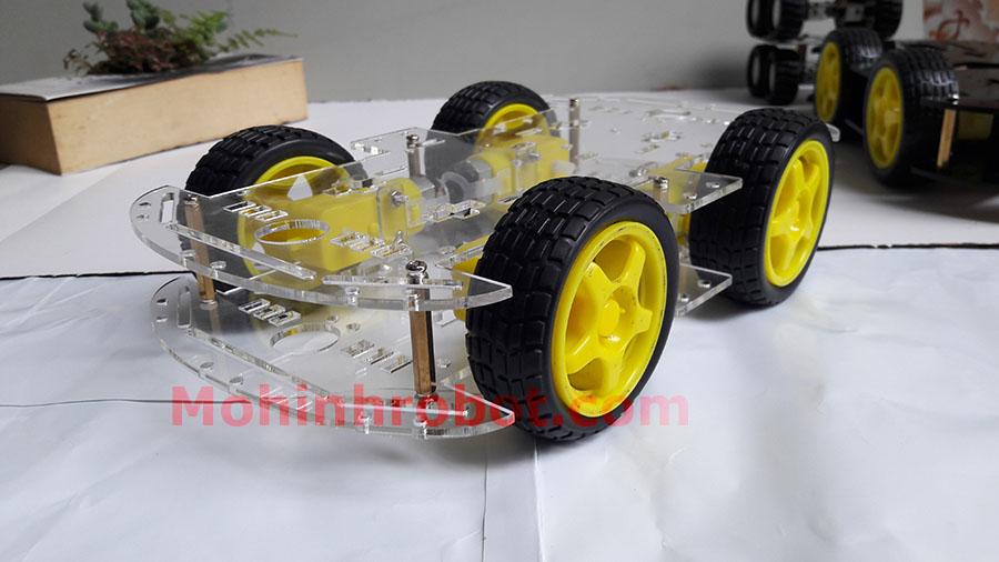 Xe robot 4 bánh 2 tầng (mica trong)