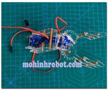 Cánh tay robot ba chiều mica trong động cơ xoay