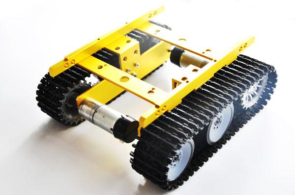 Robot bánh xích vàng