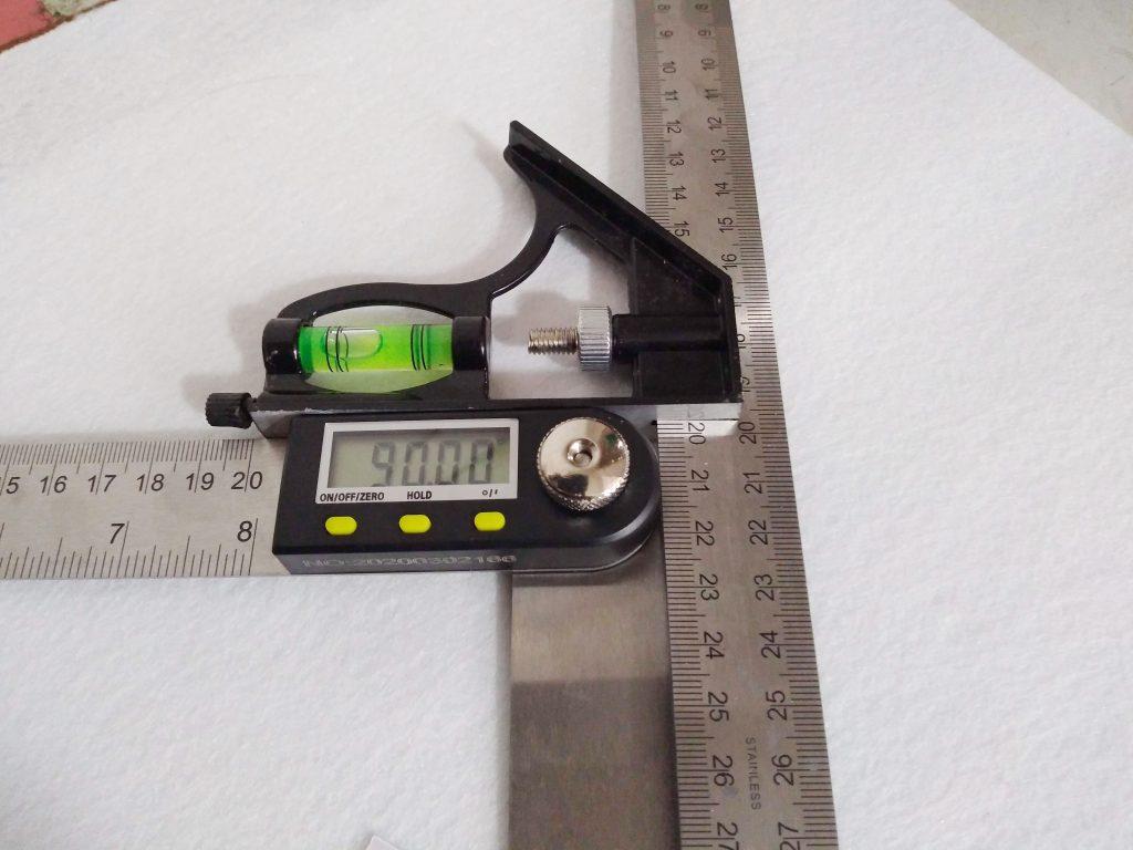 Thước đo góc 45 độ, góc vuông